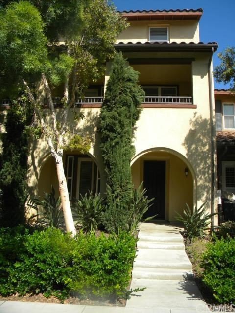 64 Stepping Stone , CA 92603 is listed for sale as MLS Listing OC18204562