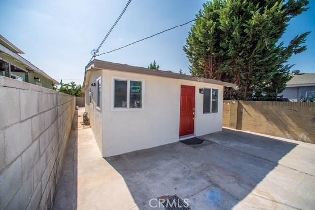 独户住宅 为 销售 在 12038 Lowemont Street Norwalk, 90650 美国