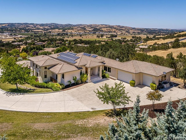 1463 Burnt Rock Way, Templeton CA: http://media.crmls.org/medias/a2f7c467-3525-4016-9eee-275896bba6cf.jpg