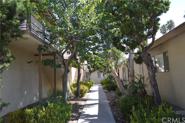 227 S Canoga Pl, Anaheim, CA 92804 Photo 11
