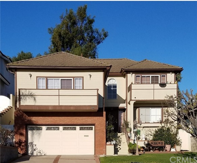 Single Family Home for Rent at 307 Hamilton Avenue S San Pedro, California 90732 United States