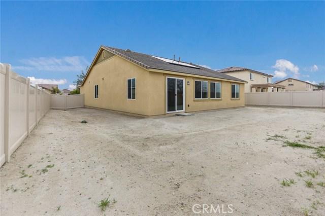 1074 Eden Valley Way, San Jacinto CA: http://media.crmls.org/medias/a3138335-46f5-4f5f-8974-7a32af7a11a7.jpg