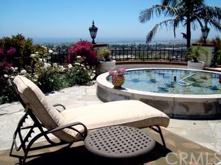 Single Family Home for Rent at 2720 Pebble Drive Corona Del Mar, California 92625 United States
