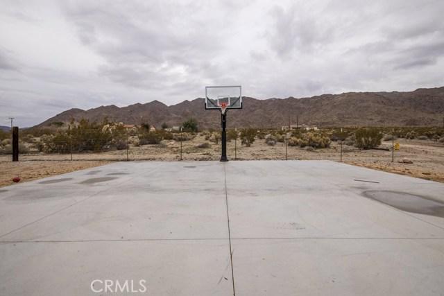 6969 Mesquite Springs Road, 29 Palms CA: http://media.crmls.org/medias/a32aecd6-5190-4cd6-b21c-135815e6bfc9.jpg
