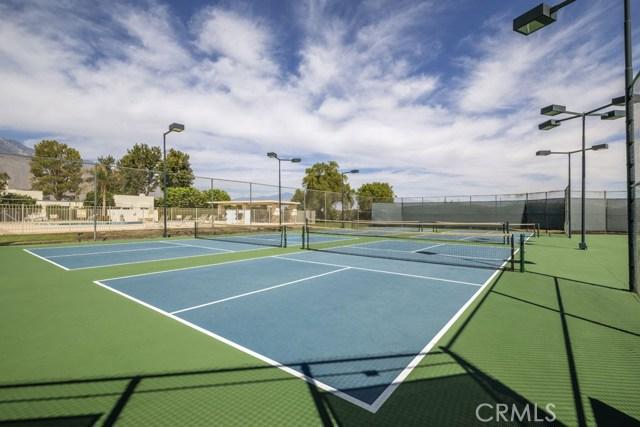 1712 Fairway Circle, Palm Springs CA: http://media.crmls.org/medias/a32ef6c6-3ab3-46a7-8189-cf506baf78e7.jpg