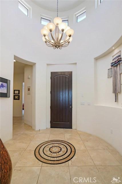 10 Via Haciendas, Rancho Mirage CA: http://media.crmls.org/medias/a36394ca-720c-432e-97b2-2aebb303e5dc.jpg