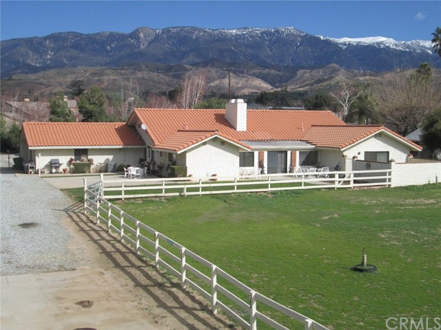 Single Family Home for Sale at 40585 Lincoln Street Cherry Valley, California 92223 United States