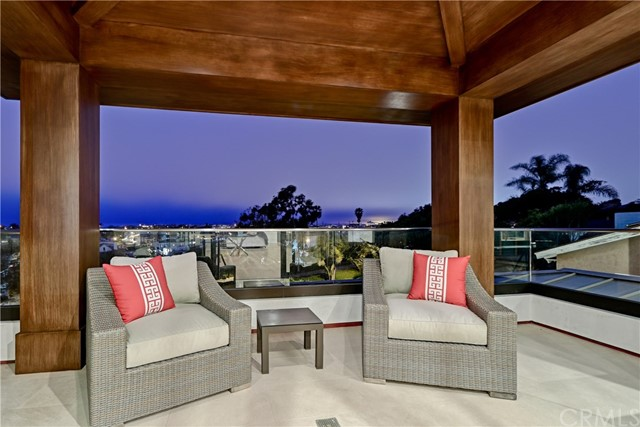 Photo of 304 N Ardmore Avenue, Manhattan Beach, CA 90266