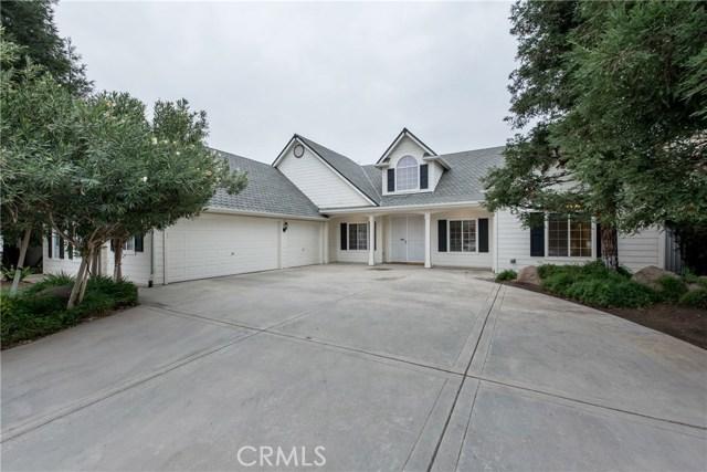 Single Family Home for Sale at 352 W Trenton Avenue Clovis, California 93619 United States
