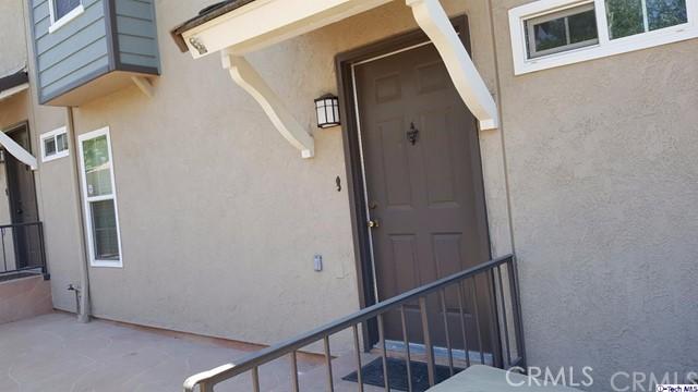 Townhouse for Rent at 2359 Mira Vista Avenue Montrose, California 91020 United States