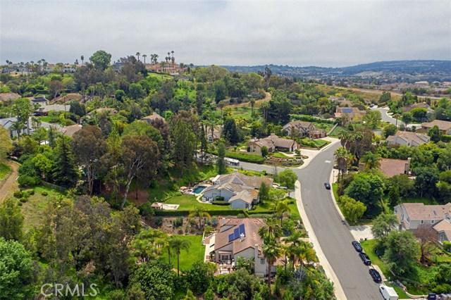27342 Lost Colt Drive, Laguna Hills CA: http://media.crmls.org/medias/a37d4dcc-3a3d-4c85-a2a5-801ebd8f97cd.jpg