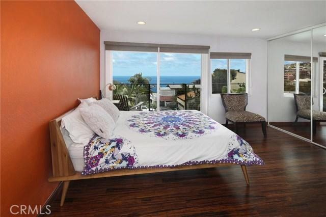 1490 Del Mar Avenue, Laguna Beach CA: http://media.crmls.org/medias/a3839b8f-8b4d-4328-b845-458f35162765.jpg
