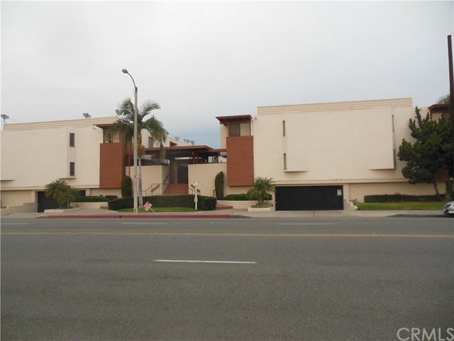 7033   Stewart And Gray Road , DOWNEY