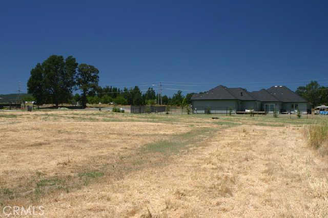 1200 Oak Park Way, Lakeport CA: http://media.crmls.org/medias/a38c4109-0749-4bf3-87ae-4894ca7a9064.jpg