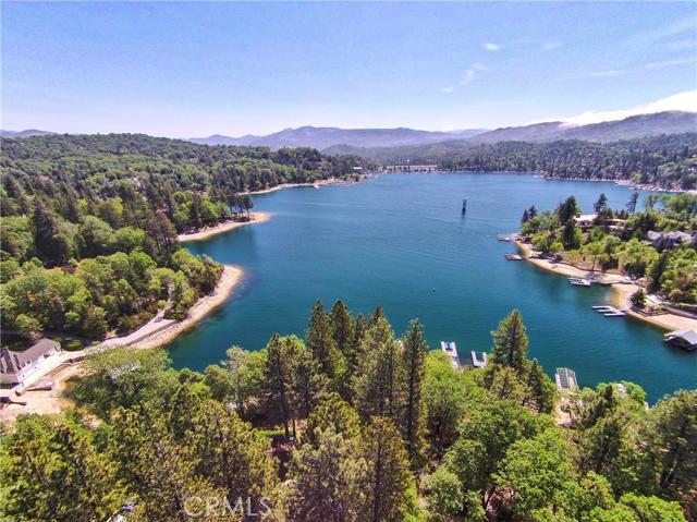 Land for Sale, ListingId:36078392, location: 914 Shelter Cove Drive Lake Arrowhead 92352