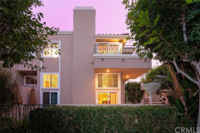 19256 Meadowood Circle, Huntington Beach, CA, 92648