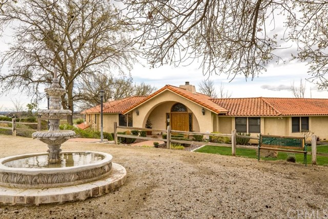 Property for sale at 6342 Wellsona Road, Paso Robles,  California 93446