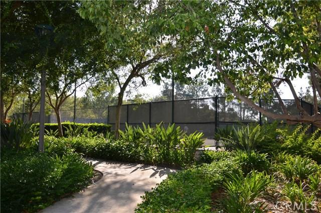 32 Santa Victoria Aisle, Irvine CA: http://media.crmls.org/medias/a3a65f48-45a9-407d-81c3-6dd813d8622a.jpg