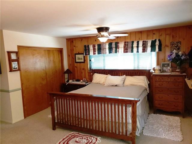 615 Pioneer Road, Lake Arrowhead CA: http://media.crmls.org/medias/a3aaeb85-014d-4887-bd37-bd2075aee503.jpg