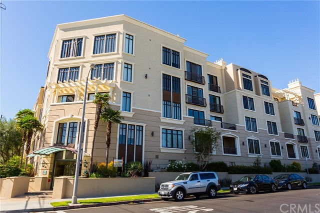 11847 Gorham Avenue, Los Angeles CA: http://media.crmls.org/medias/a3adcd5a-3982-44a2-8afe-4920c8a5cadf.jpg