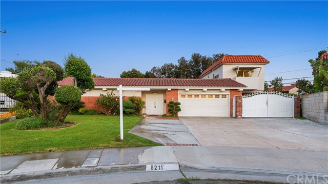 8211  Burnham Circle, Huntington Beach, California