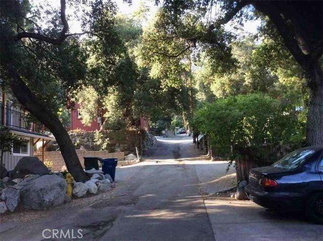 675 Brookside Lane, Sierra Madre CA: http://media.crmls.org/medias/a3ba340b-769e-4d7e-b8bb-a46335623c81.jpg