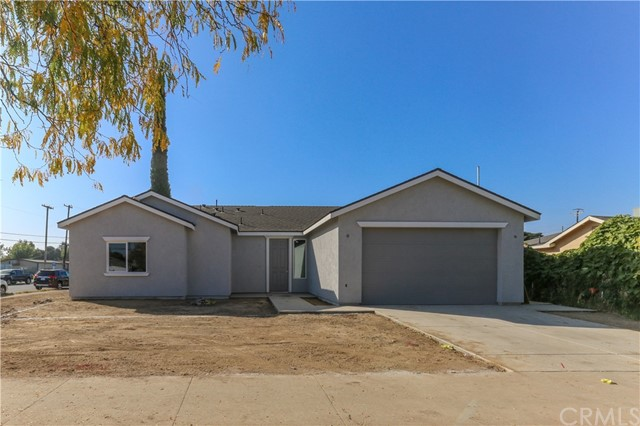 Detail Gallery Image 1 of 1 For 1187 E, Merced,  CA 95340 - 4 Beds   2 Baths
