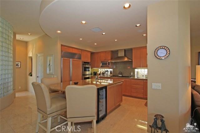 428 Morning Dove, Palm Desert CA: http://media.crmls.org/medias/a3cb77cd-4950-426a-bfda-28e2ee066805.jpg
