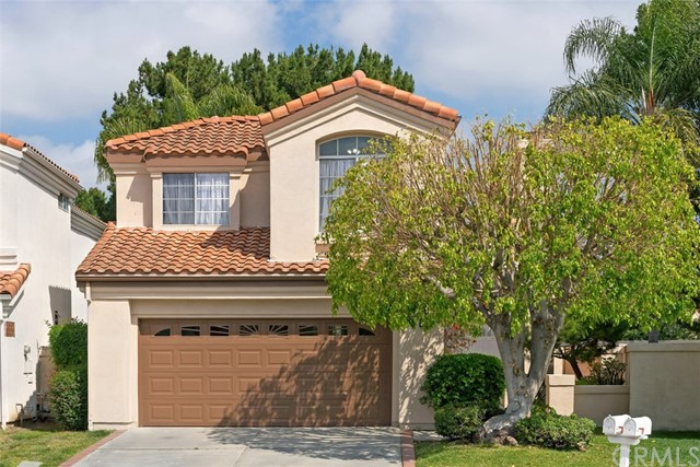 Single Family Home for Sale at 2 Alcira Irvine, California 92614 United States