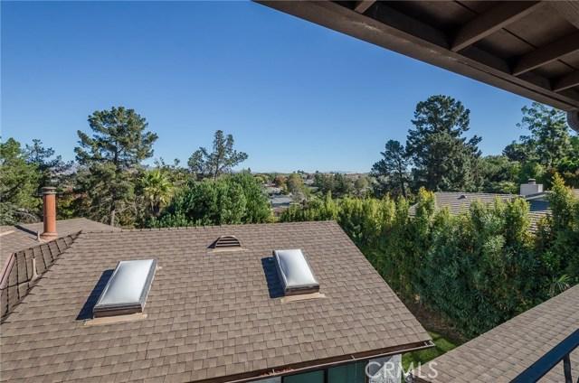 570 Raymond Avenue, Santa Maria CA: http://media.crmls.org/medias/a3f9ddde-a883-4bcb-9e97-1ae56fd9666e.jpg