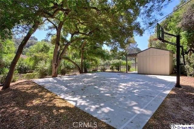 4245 Chula Senda Lane, La Canada Flintridge CA: http://media.crmls.org/medias/a3ff3478-179e-4b19-a619-2eab5cb5047c.jpg