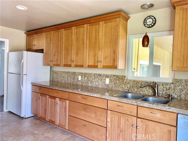 1261 W 25th Street, Upland CA: http://media.crmls.org/medias/a403c898-0af2-4ecc-980e-c6b316f9b143.jpg