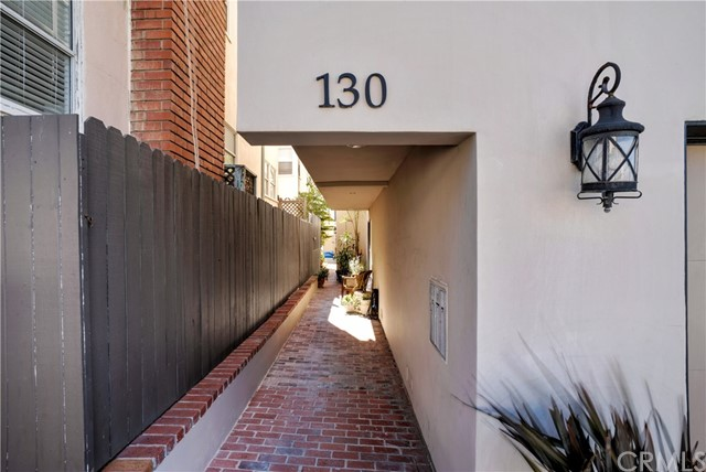 130 30th Street, Hermosa Beach CA: http://media.crmls.org/medias/a40d8dc5-c6f4-4369-9411-515e9cff1ab0.jpg
