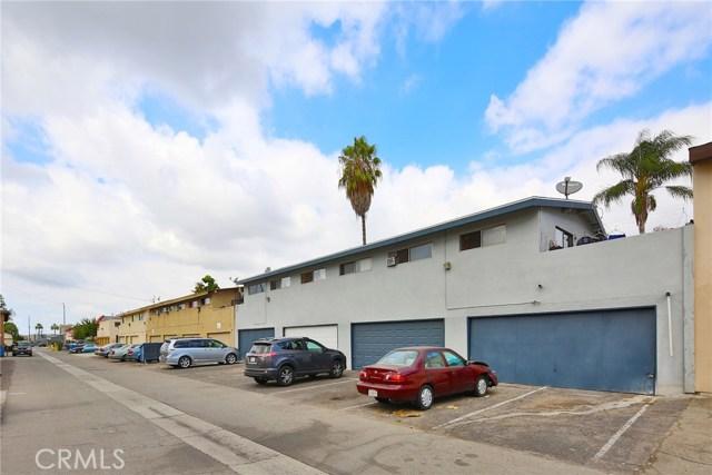 Single Family Home for Sale at 324 E Leatrice Lane Anaheim, California 92802 United States
