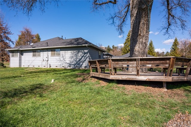 40087 Indian Springs Road, Oakhurst CA: http://media.crmls.org/medias/a41ae181-8524-42ea-bb91-fa5f848ab84e.jpg