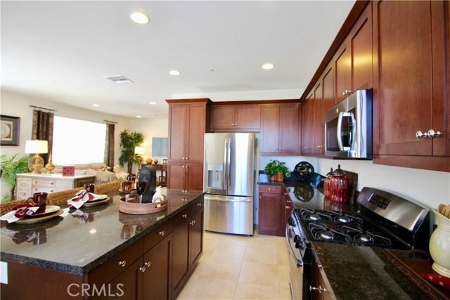 4971 Adera Street, Montclair CA: http://media.crmls.org/medias/a433a2dc-3fbe-4557-b90e-9da5e5de68c8.jpg