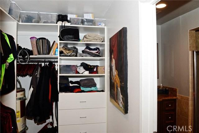 3511 Elm Avenue, Long Beach CA: http://media.crmls.org/medias/a440ec33-065e-4aba-821e-ece1751831f8.jpg