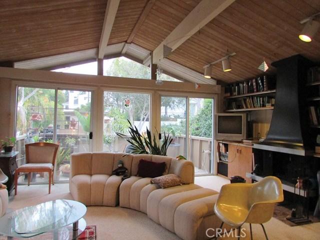 3033 Bayside Drive, Corona del Mar CA: http://media.crmls.org/medias/a446f7ff-8428-42aa-9319-e81e2efca1c5.jpg