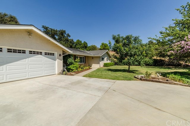 560 Ronda Court Calimesa, CA 92320 - MLS #: OC17162191