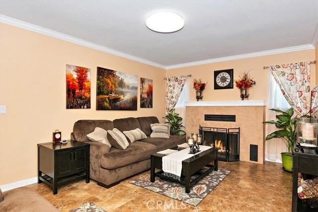 3878 Skofstad Street, Riverside CA: http://media.crmls.org/medias/a45997d6-318e-4105-bc1e-c7ea1673a165.jpg