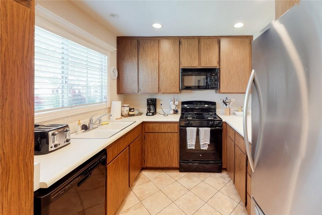 73 Thicket Unit 48 Irvine, CA 92614 - MLS #: OC18182645