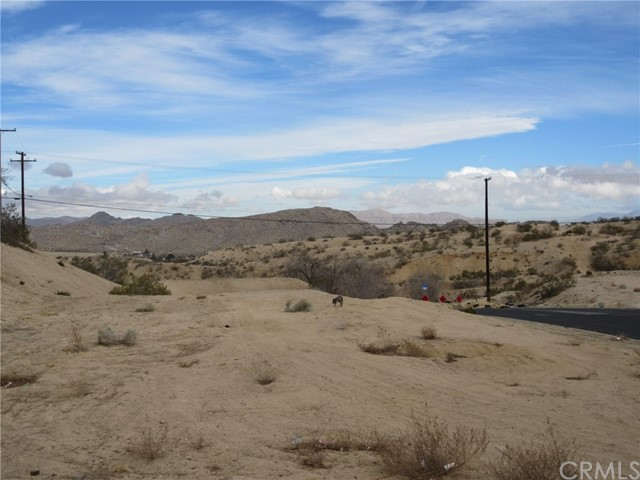 0 La Paz, Victorville CA: http://media.crmls.org/medias/a45dce24-9f4e-418d-a83d-352d4a80e48c.jpg