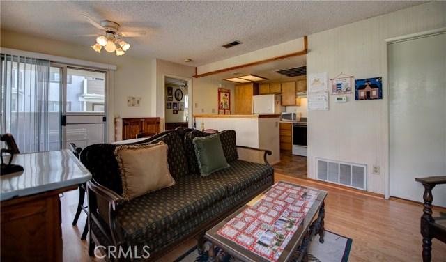 3709 Country Oaks, Ontario CA: http://media.crmls.org/medias/a462ea35-5d43-42be-9b12-5bf553bb5d20.jpg