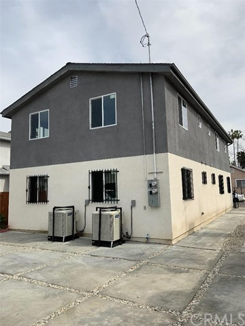 4457 Crocker Street, Los Angeles CA: http://media.crmls.org/medias/a4669bcd-e08c-4d37-be94-67fb328f9a20.jpg