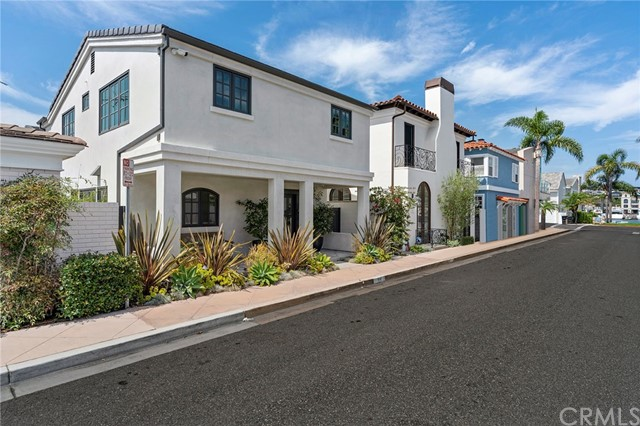 225 Via Orvieto, Newport Beach, California