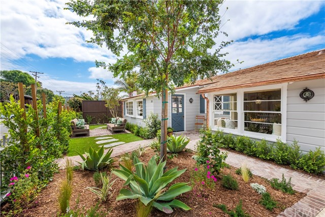 Photo of 385 Monterey Drive, Laguna Beach, CA 92651
