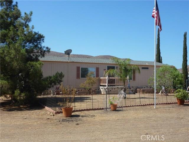 20795 Santa Rosa Mine Road, Perris CA: http://media.crmls.org/medias/a47ca513-801e-4b20-924d-86398698b92e.jpg