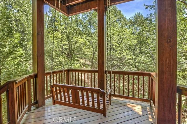 27537 W Shore Road, Lake Arrowhead CA: http://media.crmls.org/medias/a47e31df-16b8-4bfa-b07d-841be7a65315.jpg