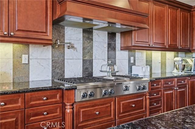 16762 Catena Drive, Chino Hills CA: http://media.crmls.org/medias/a4865b90-c321-452c-ab1c-99d473ada83b.jpg
