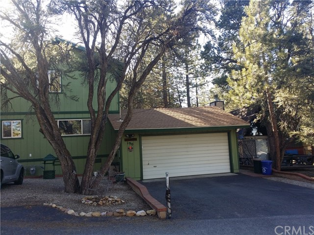 Single Family Home for Sale at 190 Victoria Lane Sugarloaf, California 92386 United States